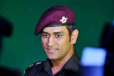 MS Dhoni Likely to Unfurl Tri-Color in Leh on Indian Independence Day