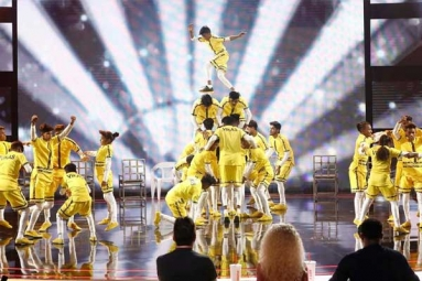 Watch: Indian Dance Crew 'V. Unbeatable' Wows Judges on America's Got Talent