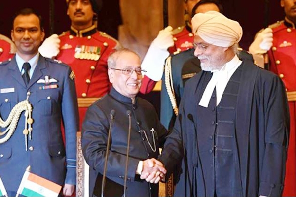 JS Khehar sworn in as the Chief Justice of India!